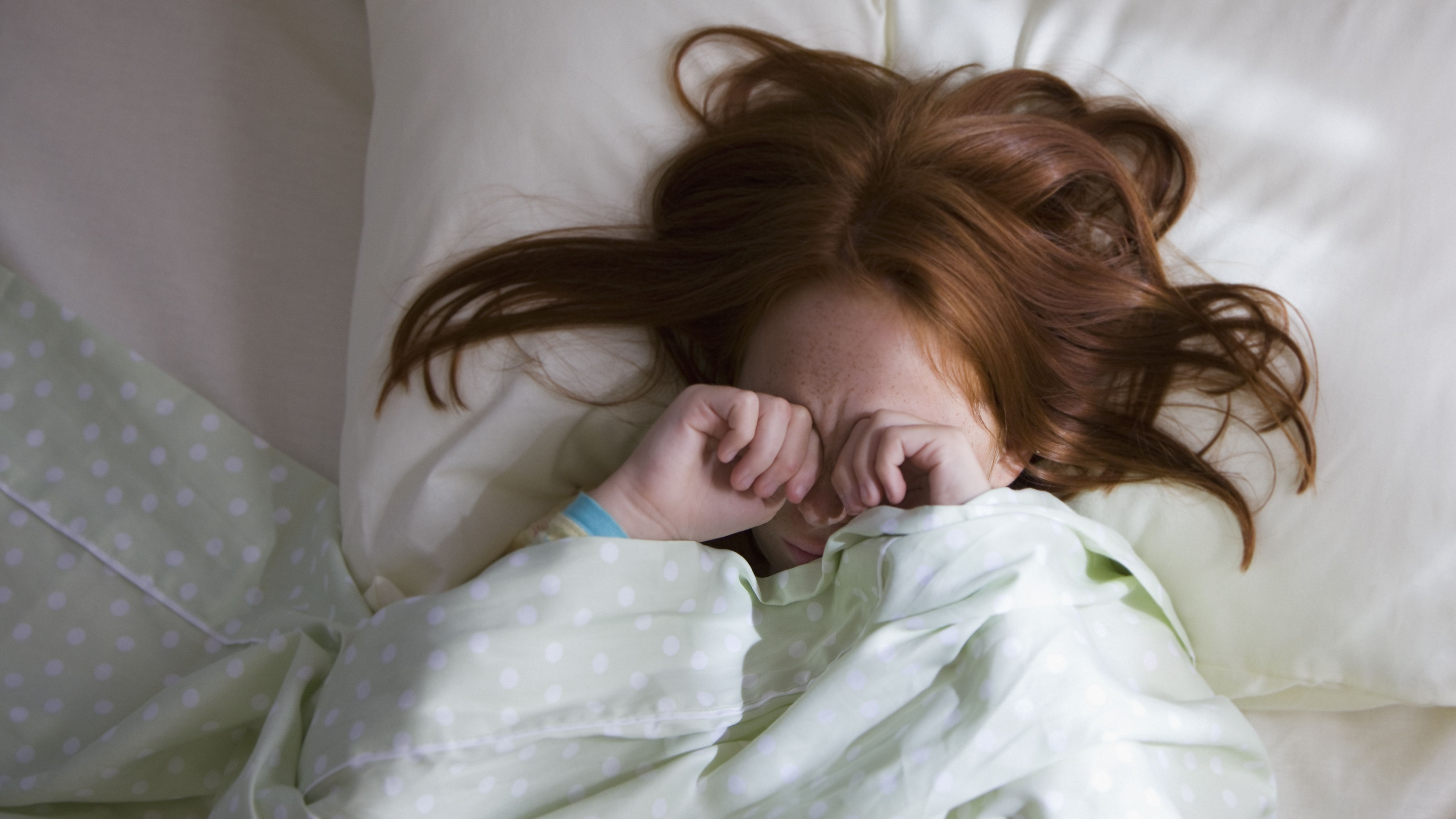 Regular Bedtimes And Sufficient Sleep >> 10 Things That Interfere With Kids Sleep