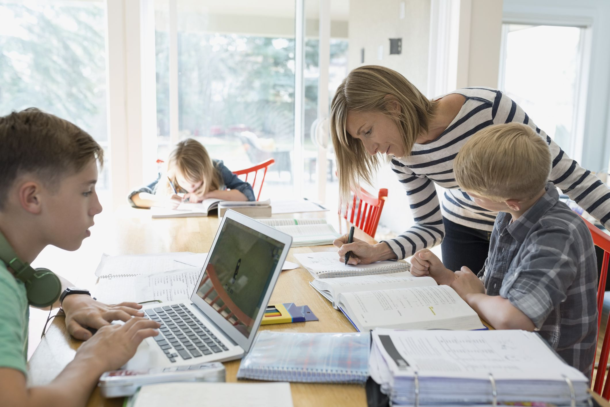 Tips for Managing Homework Time in a Big Family