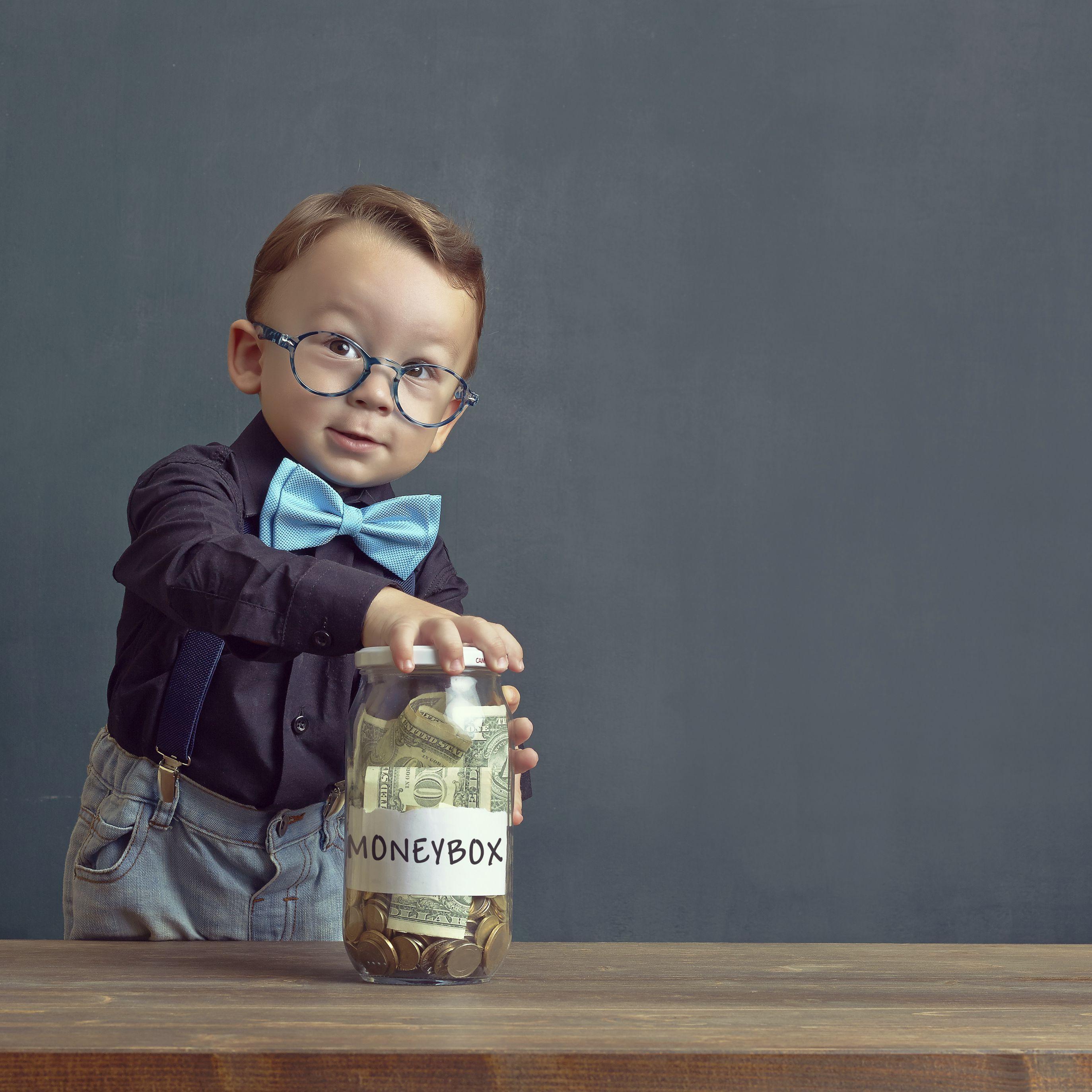 b12b10d407d5b Top 10 Tips on Teaching Kids About Money