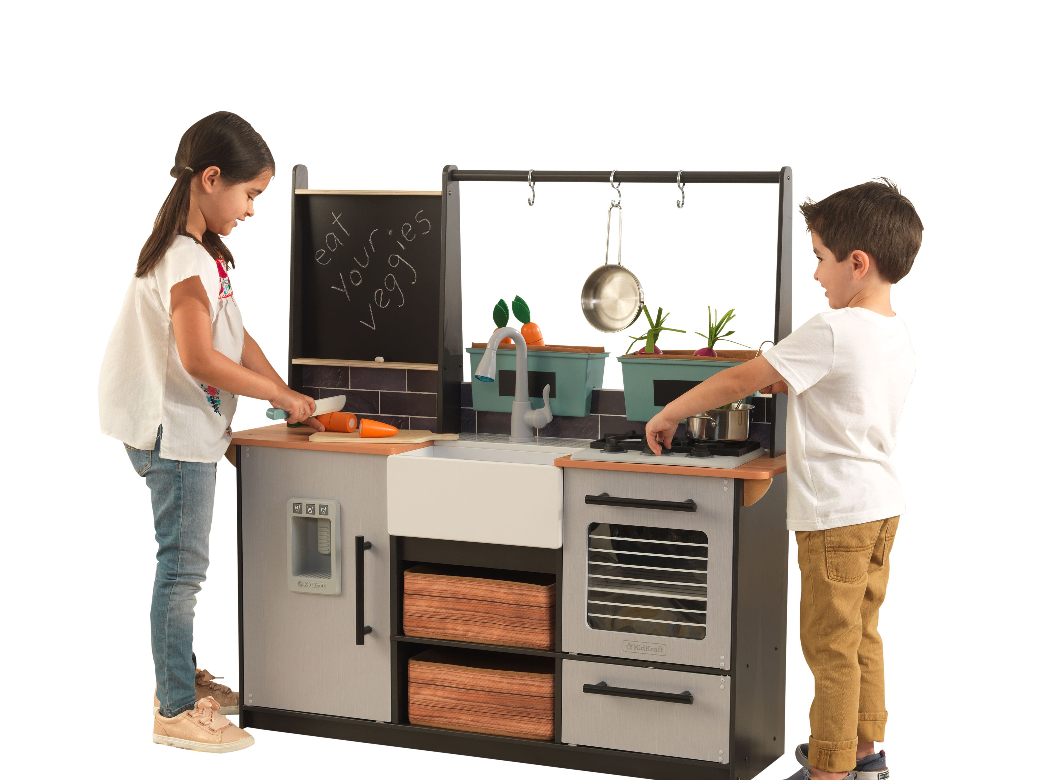 The 11 Best Play Kitchens Of 2021