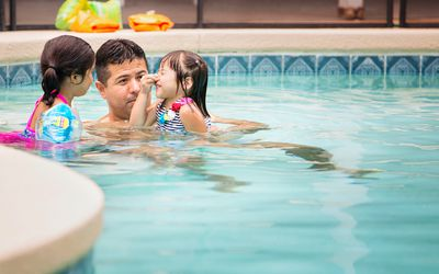 Guidelines for grandchildren using a hot tub or spa - Can pregnant women swim in public pools ...