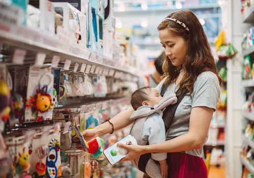 mom shopping with baby