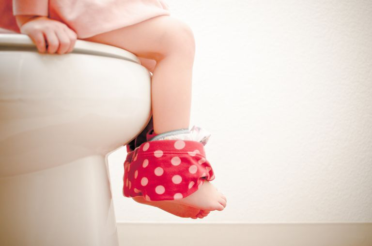 toddler girl potty training