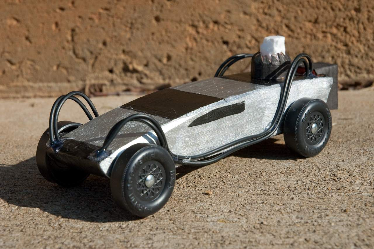 Back To The Future DeLorean Pinewood Derby Car