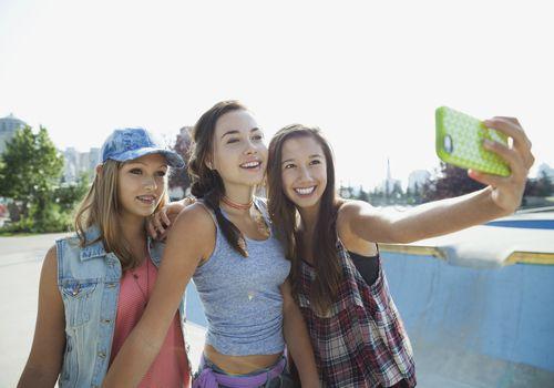 Three teen girls take a selfie