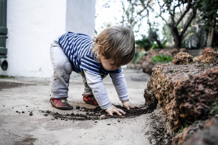 Dirt Is Good Why Kids Need Exposure To >> Letting Your Kids Make A Mess