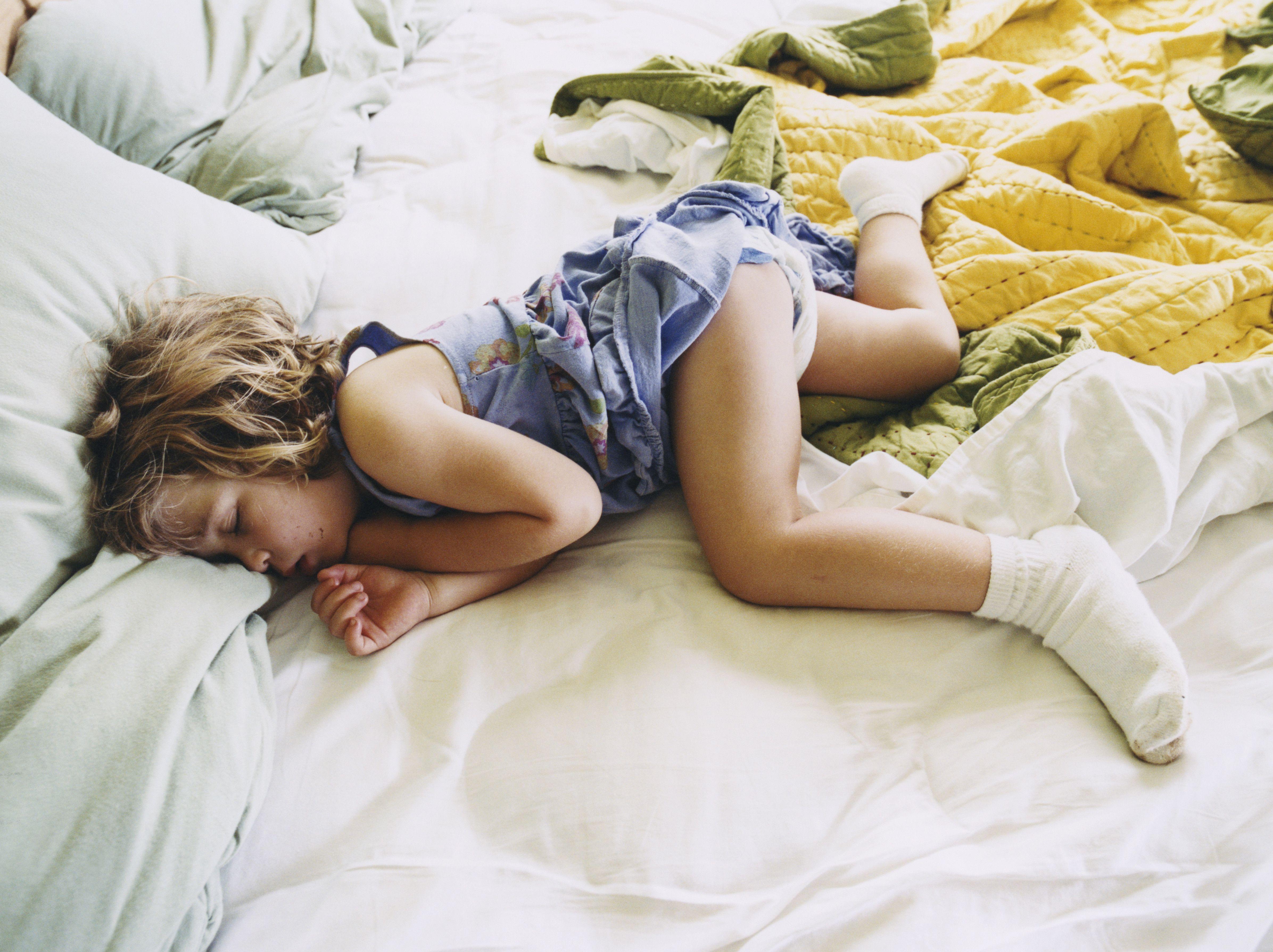 Young little girls sleeping naked pics — img 4