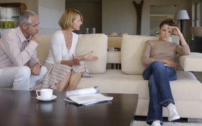 teen-talking-circles-home-home-chubby-bikini-images