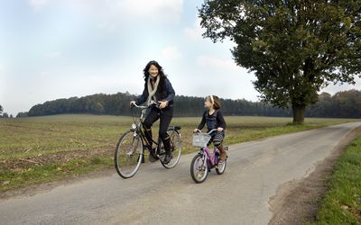 Family cycling in Fall