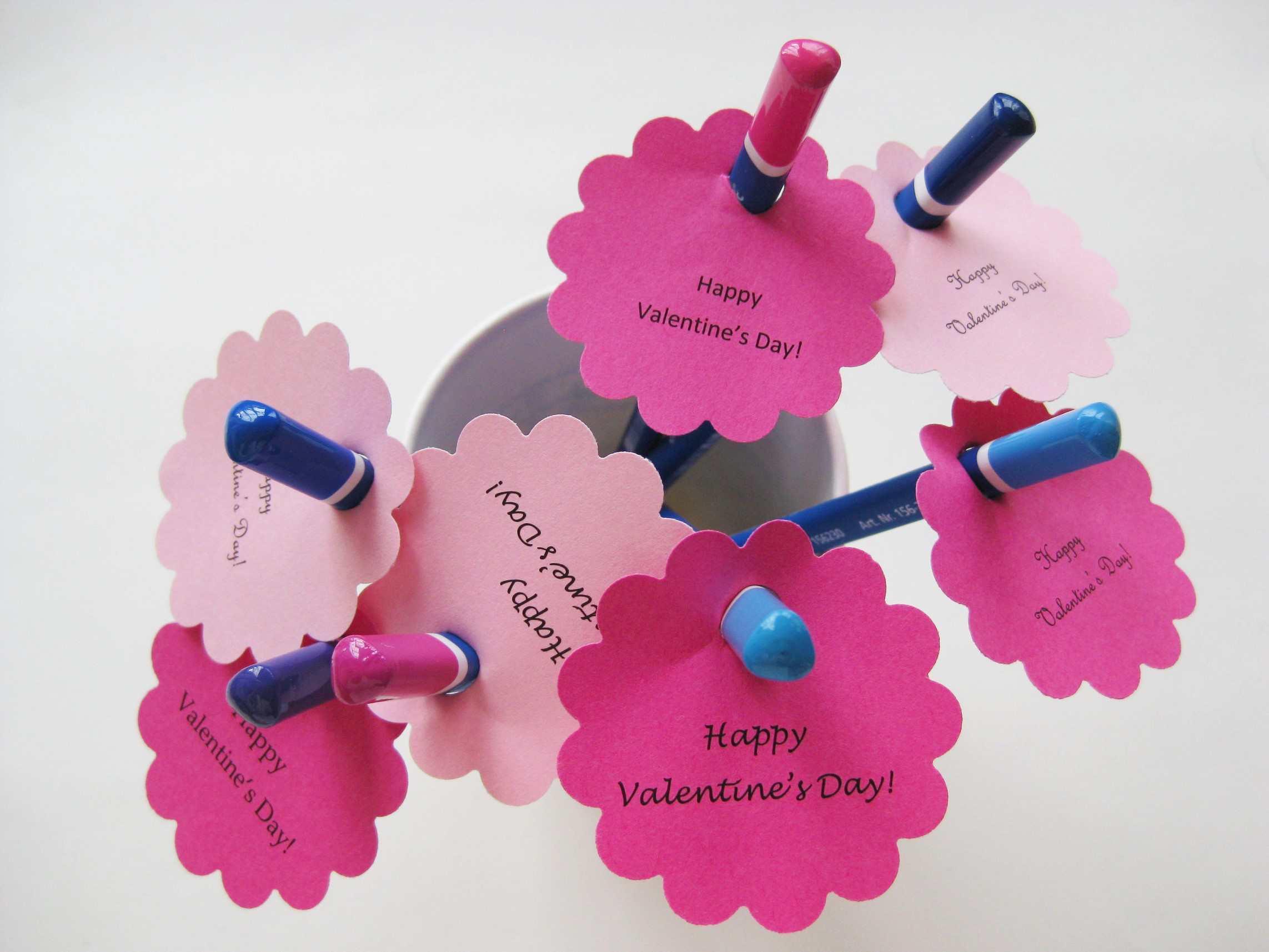 Valentine_crafts_pencil_Valentines_step1.jpg