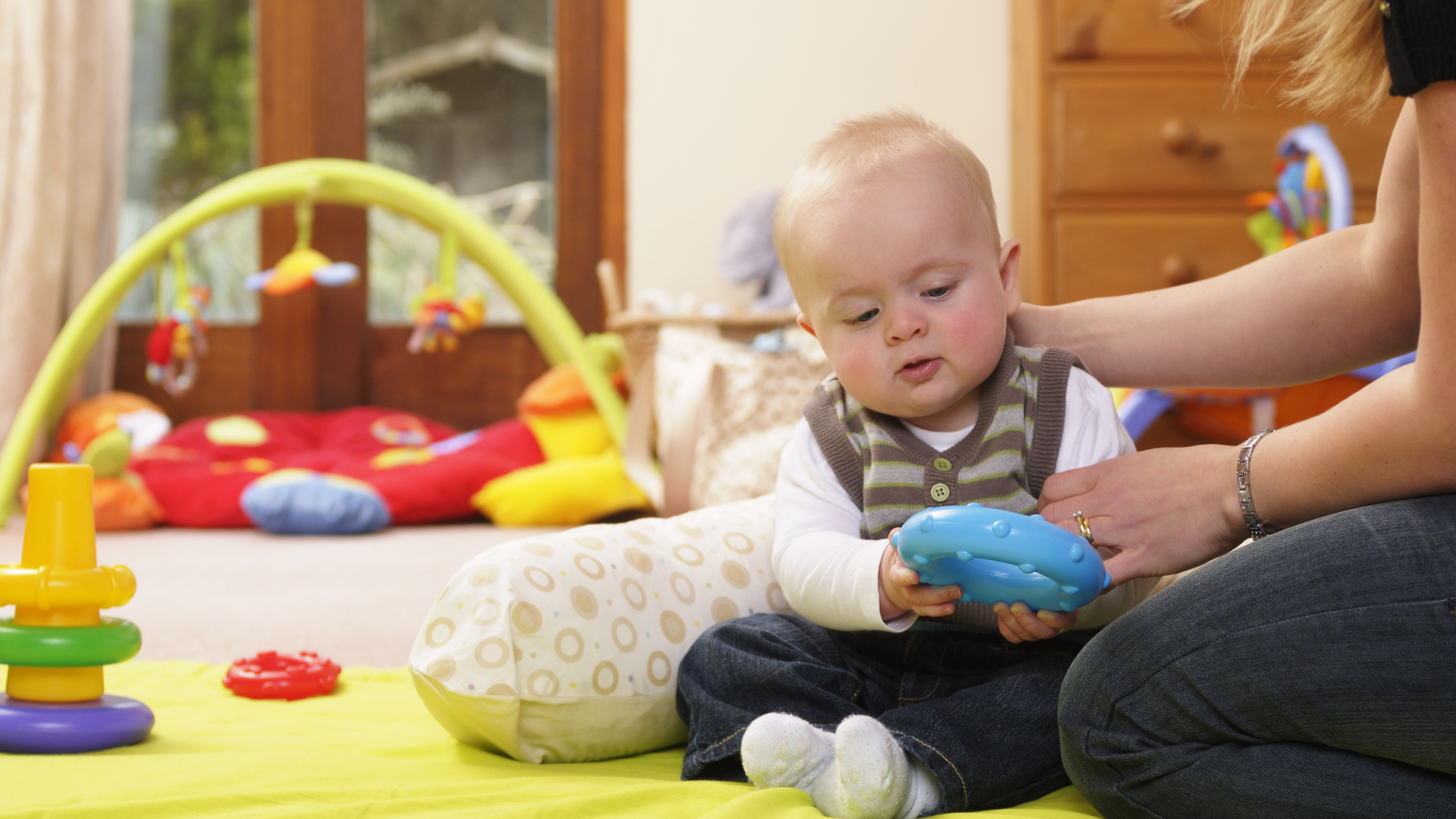 a9ec668c863 The 8 Best Toys for 4-Month-Olds of 2019