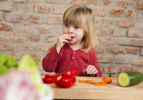 Raw vegetable snacks for kids