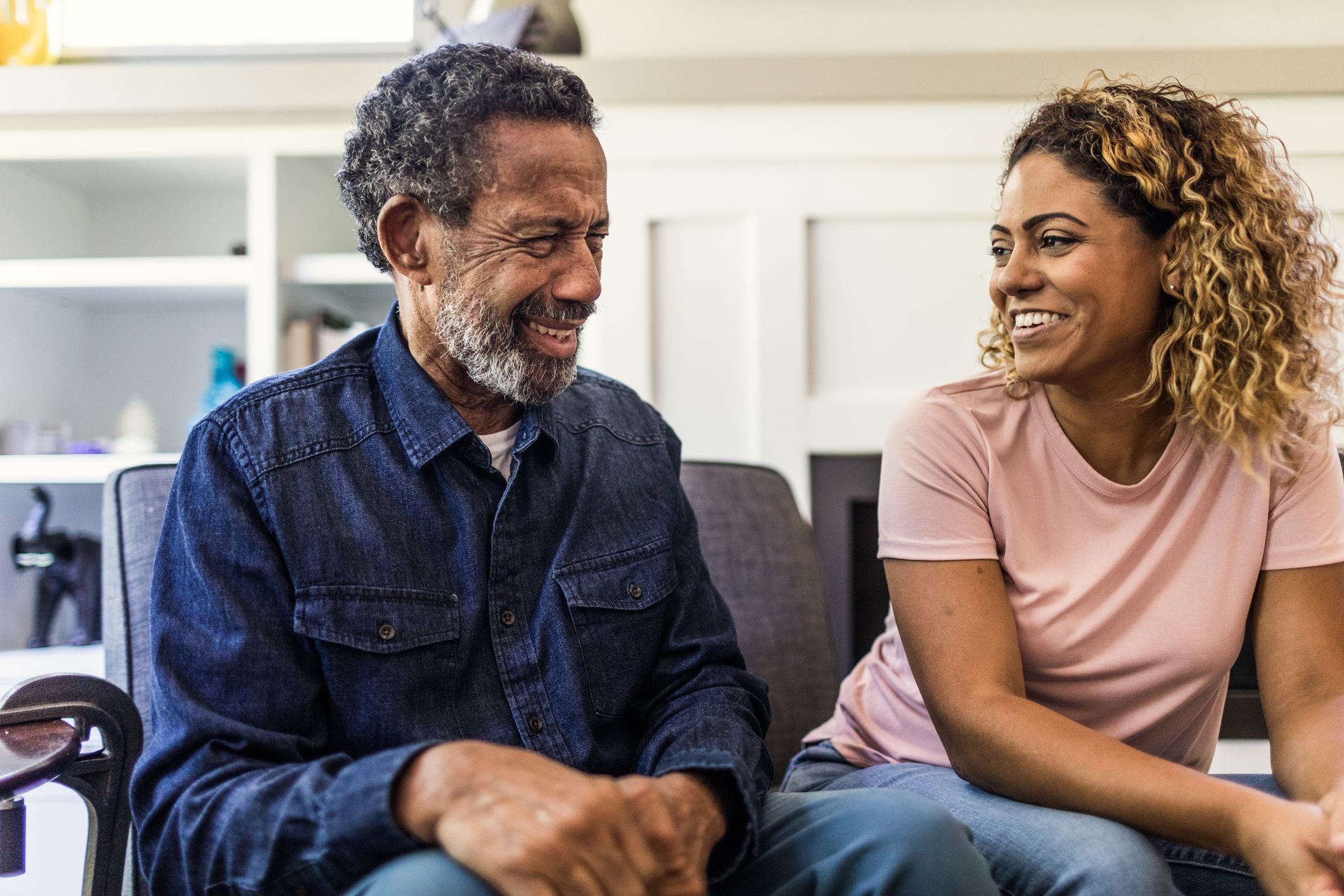 How to Rekindle a Relationship With an Estranged Family Member