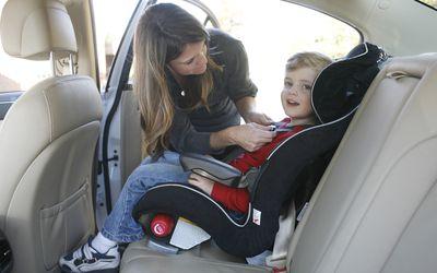 Forward facing 5-point harness car seat