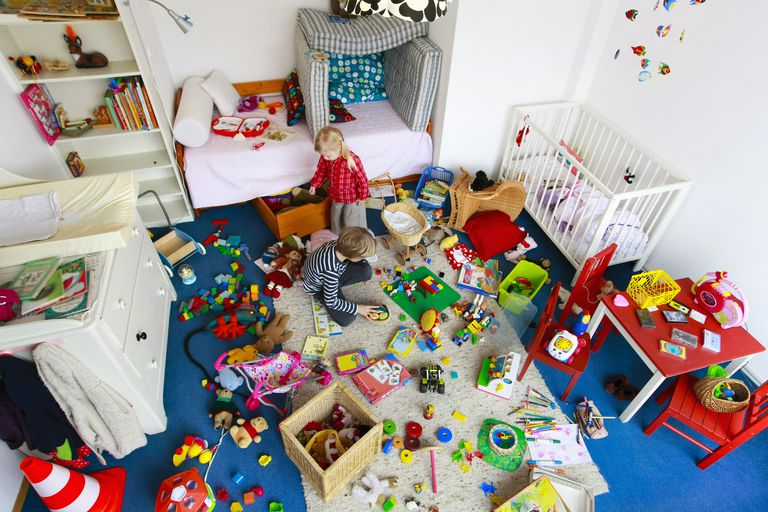525c19b0c1f Messy playroom with too many toys