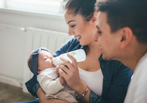 feeding newborn baby
