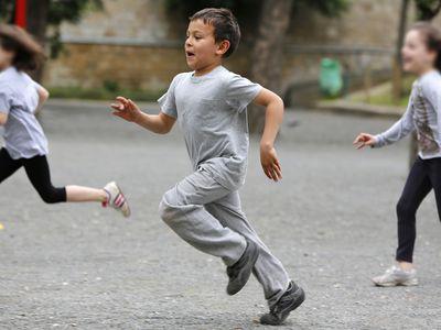 boy and girls running
