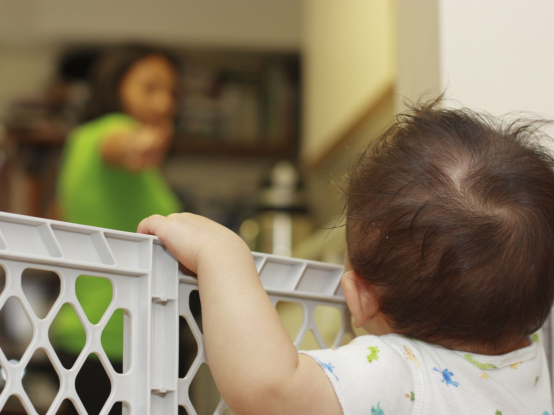 How To Use Baby Gates For Your Stairs