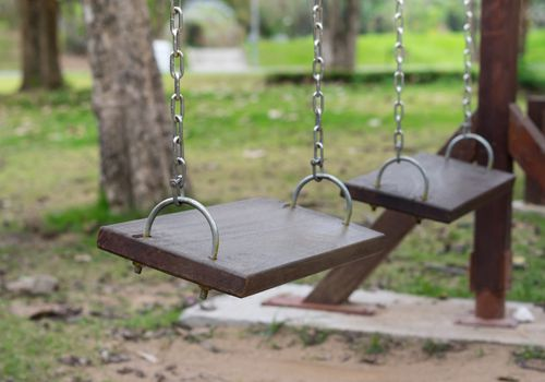 playground swings