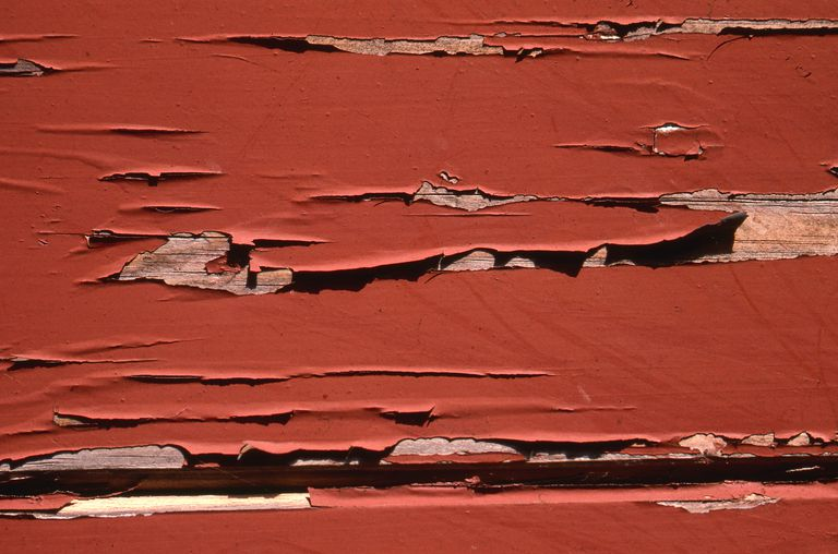 Lead poisoning and lead paint risks for What are the dangers of lead paint