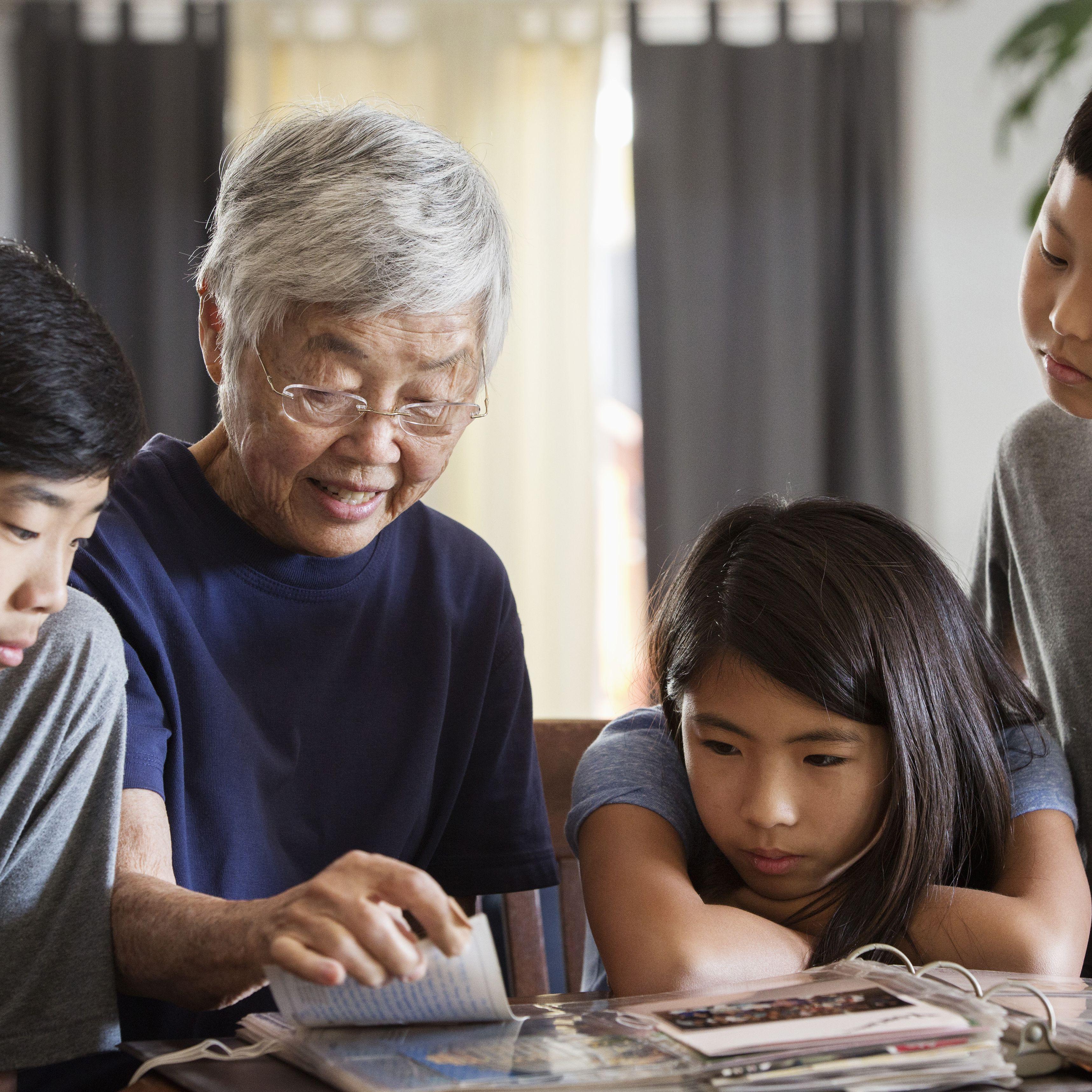Books For Grandma For Christmas 2021 The 14 Best Keepsake Books For Grandparents To Give To Grandchildren Of 2021