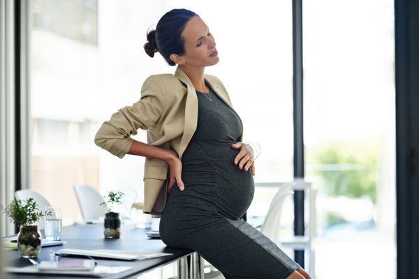 pregnant woman in pain
