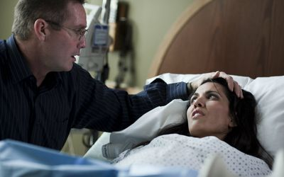 10 Ways to Comfort a Woman Giving Birth