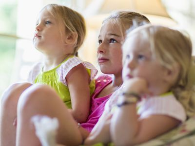 kids' TV content rating - girls watching TV