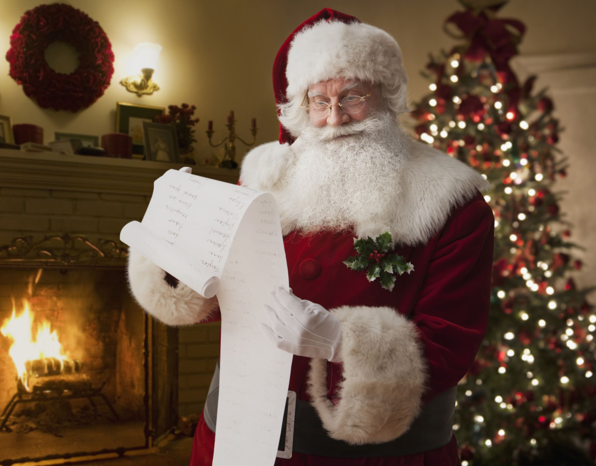 Is it OK to Tell Kids to Behave Because Santa is Watching?