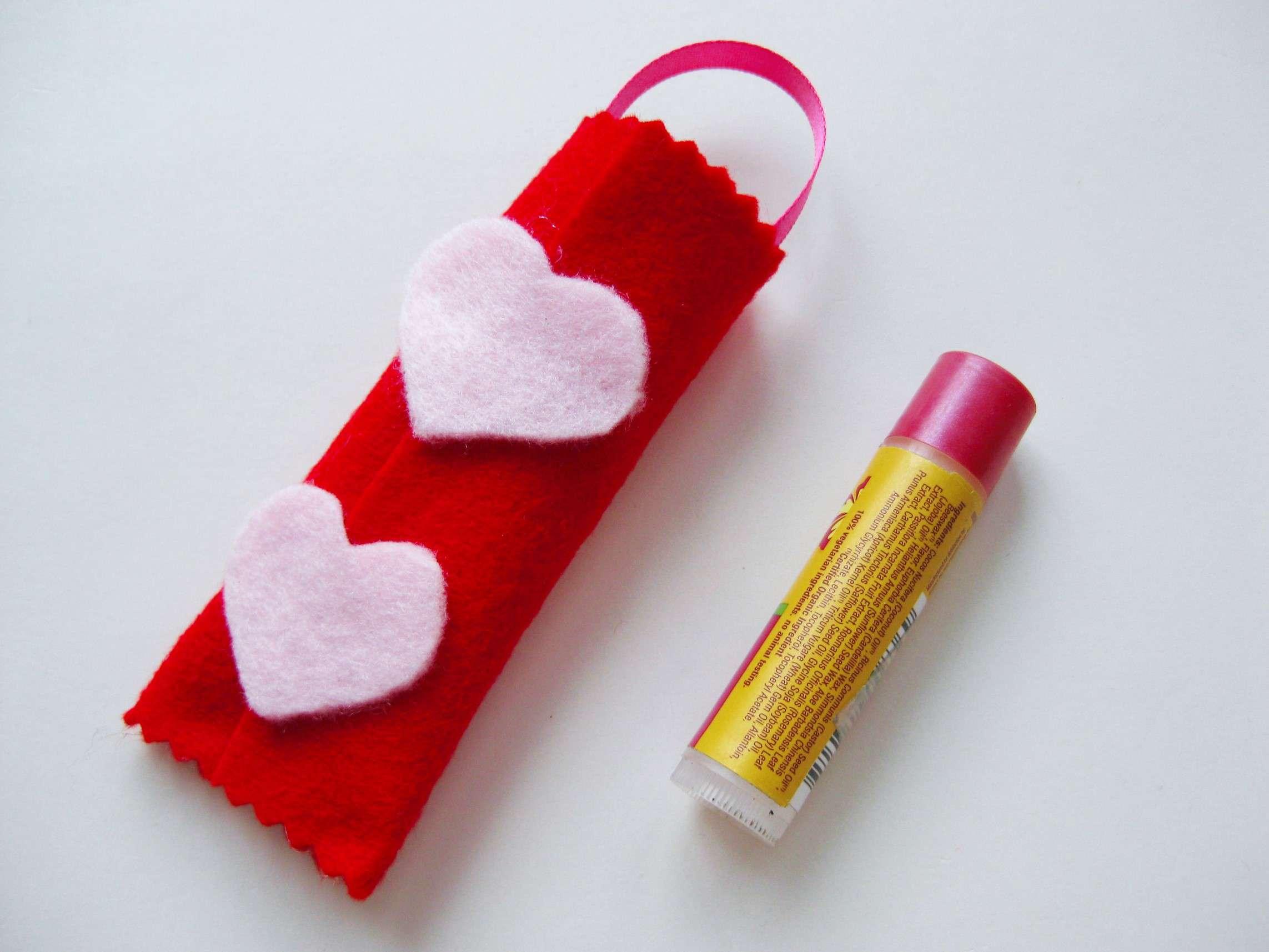 Valentine_non_candy_gift_craft_step7.jpg