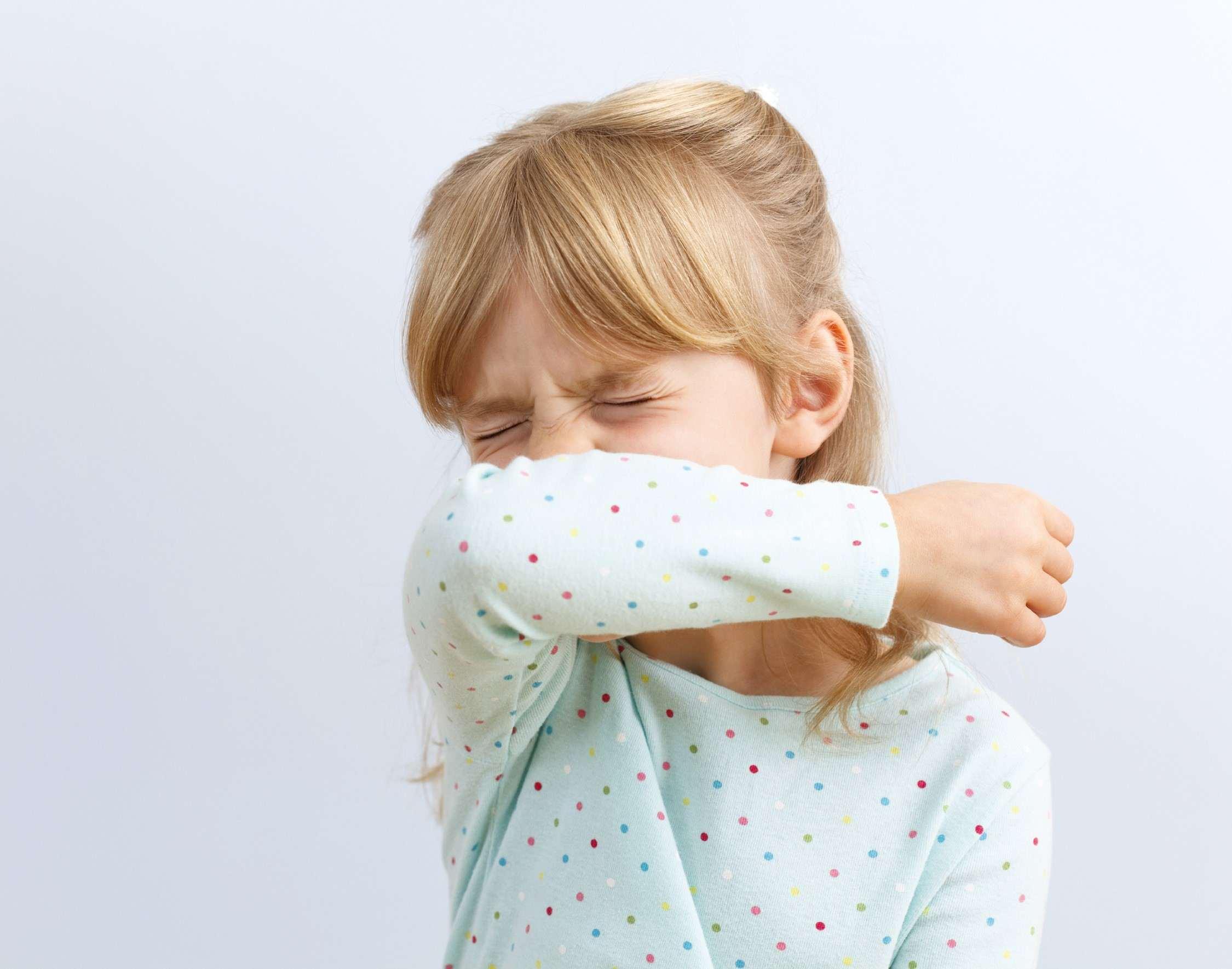 Mädchen für niesen