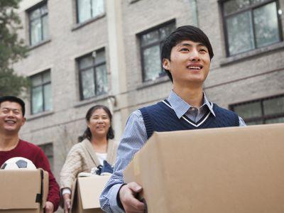 parent moving son into dorm