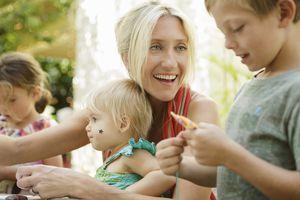 A SAHM with her children