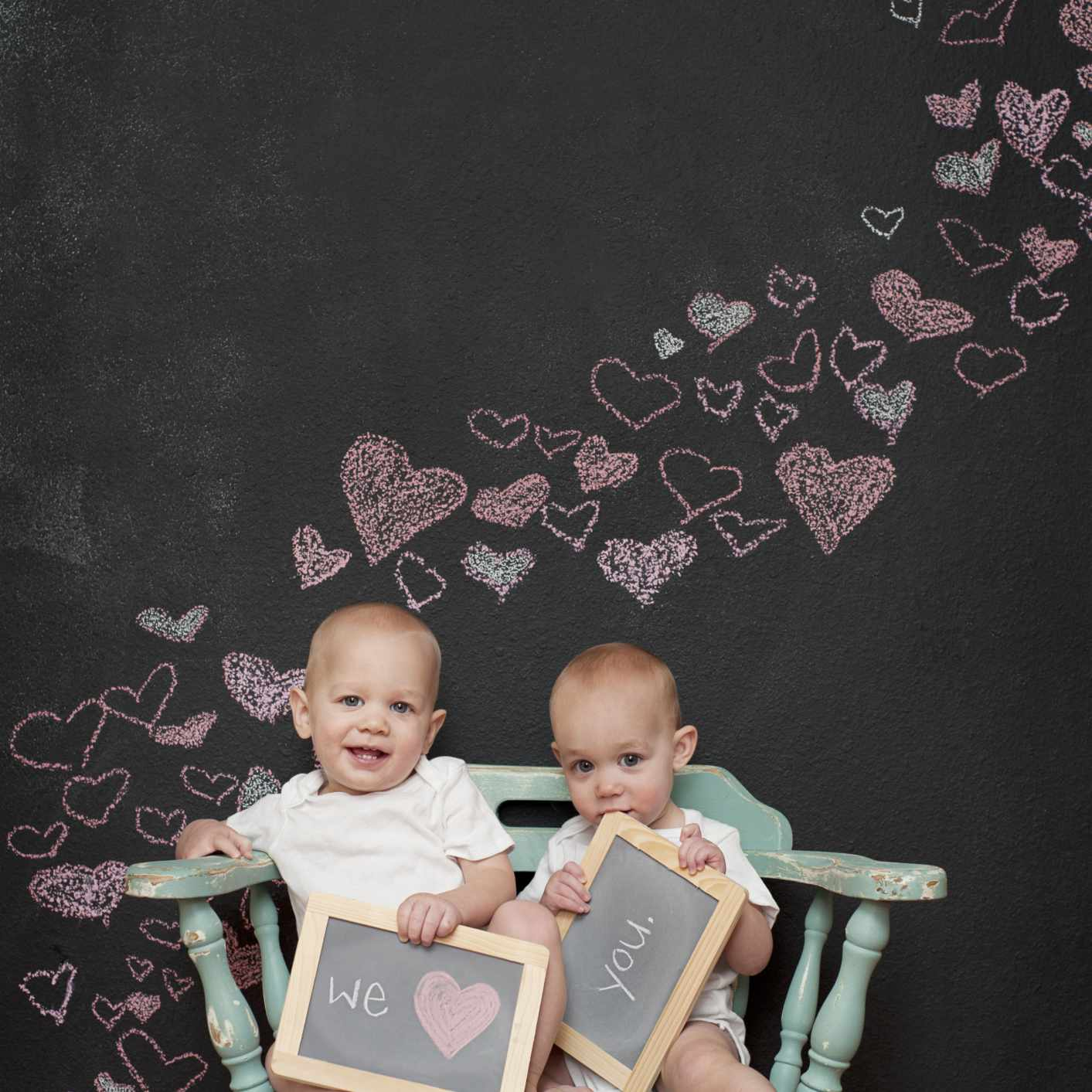 twins with valentine's message