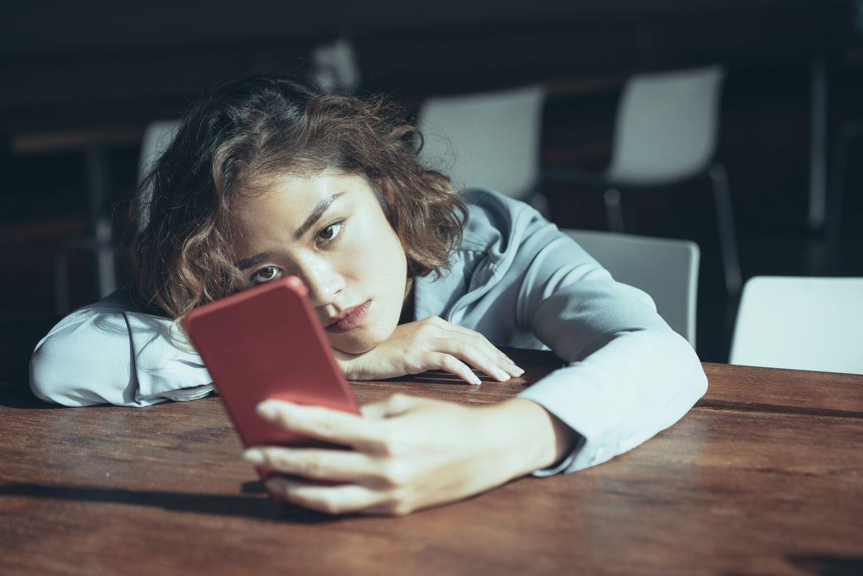 How Do Bullying Hotlines Work?