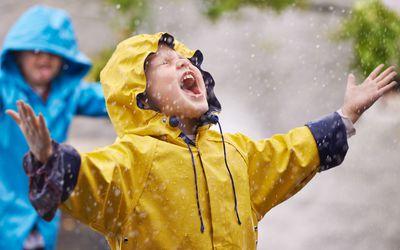kids in rain
