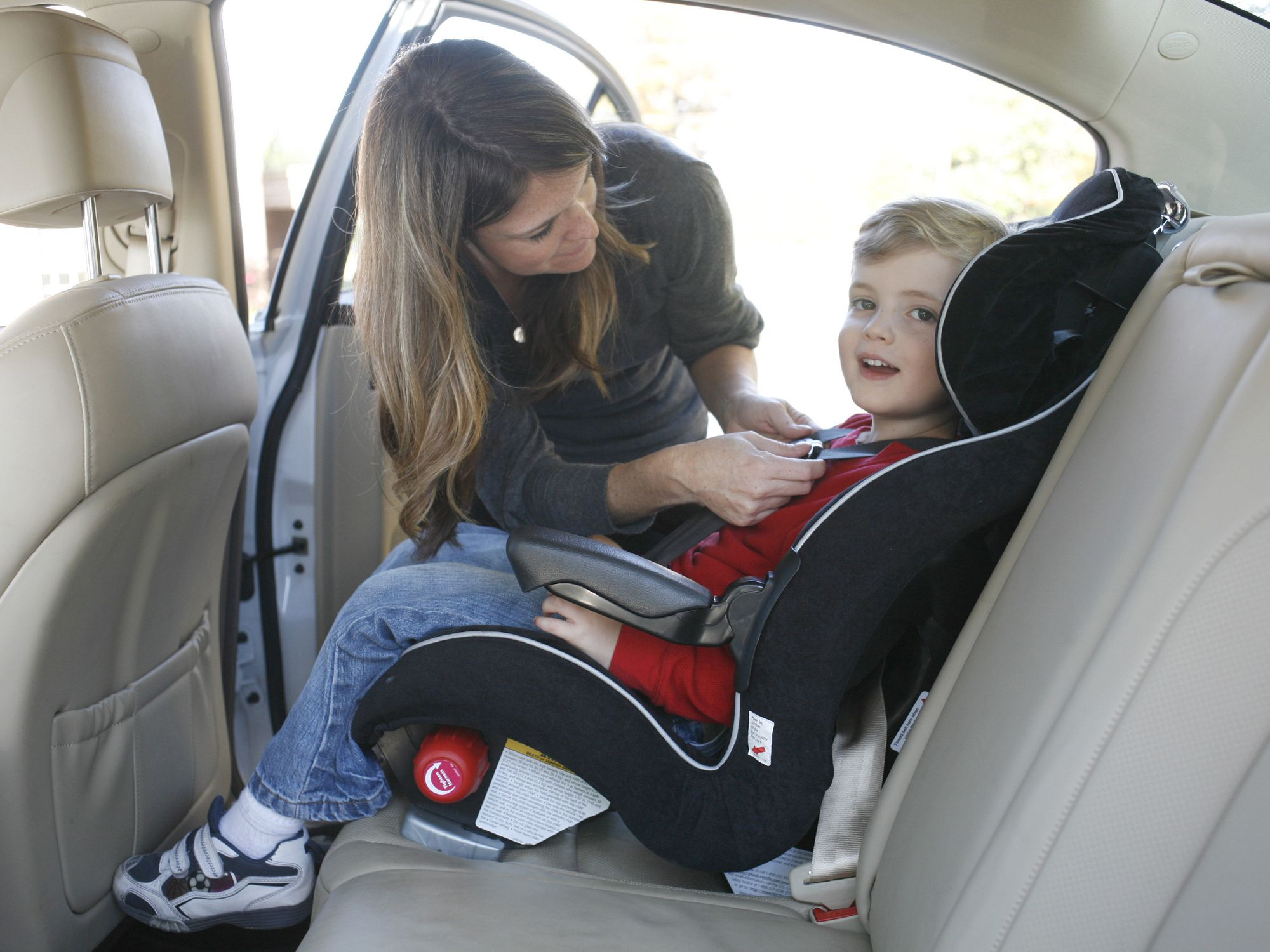Child In A Forward Facing Car Seat, Is There A Law On Forward Facing Car Seats
