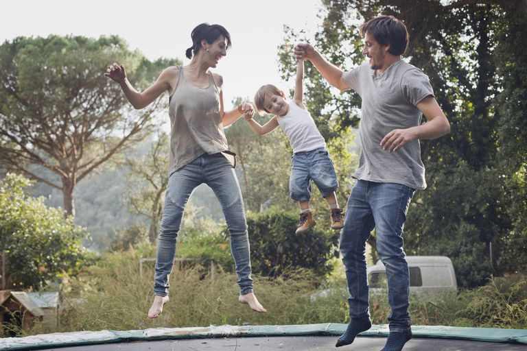 Family tumping in trampoline