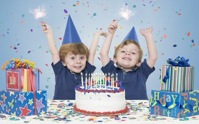 twin boys celebrating birthday
