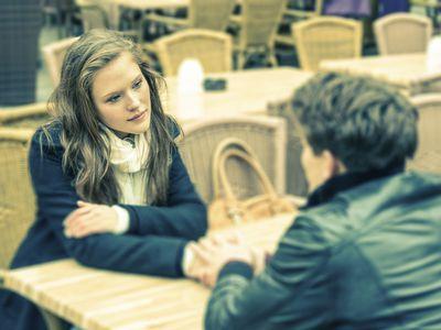 Teen girl talk to a boy