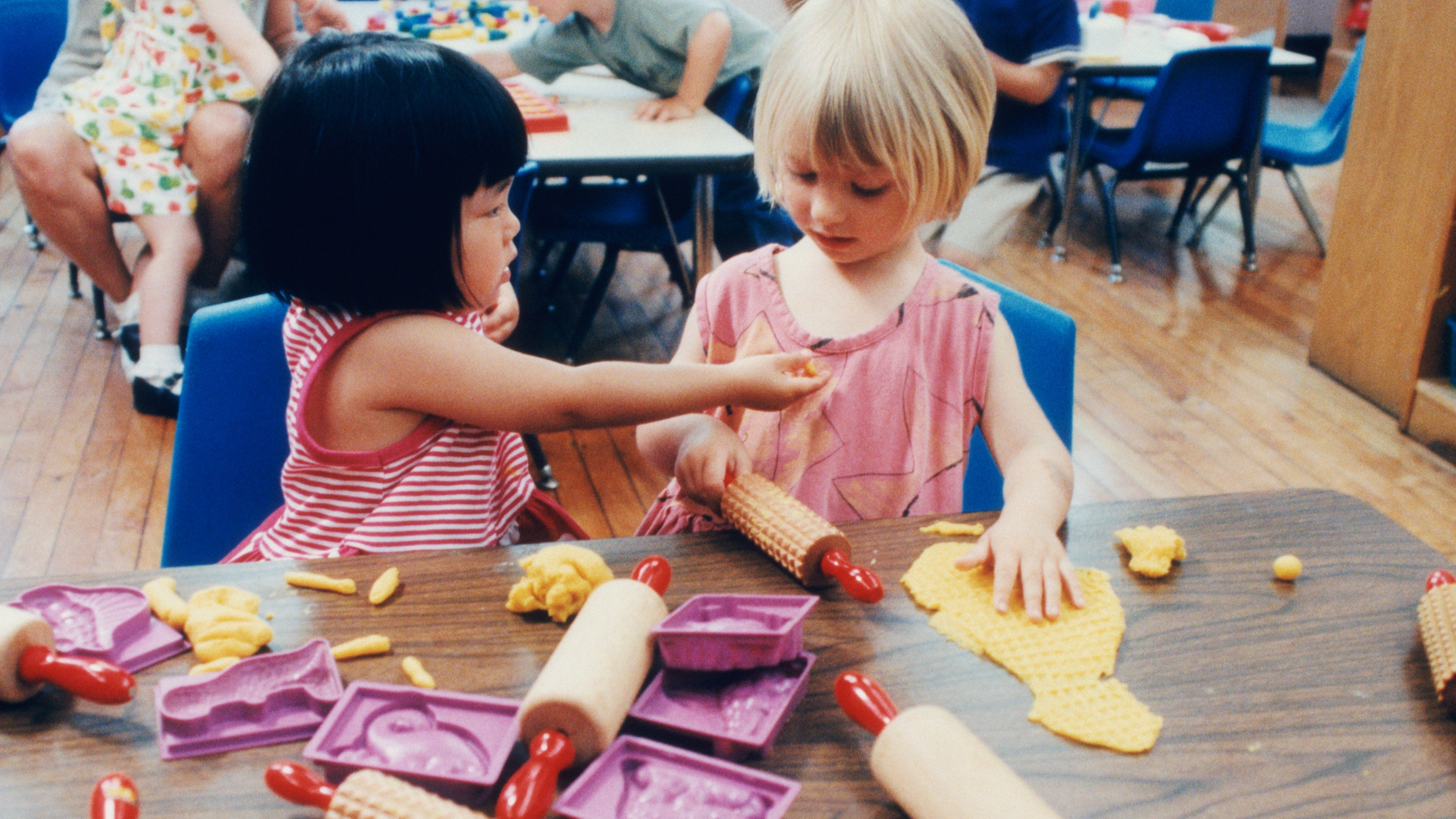 What Should Your Preschool Curriculum Contain?