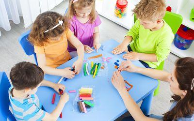 Preschool: Preschoolers Craft Activities with playdo