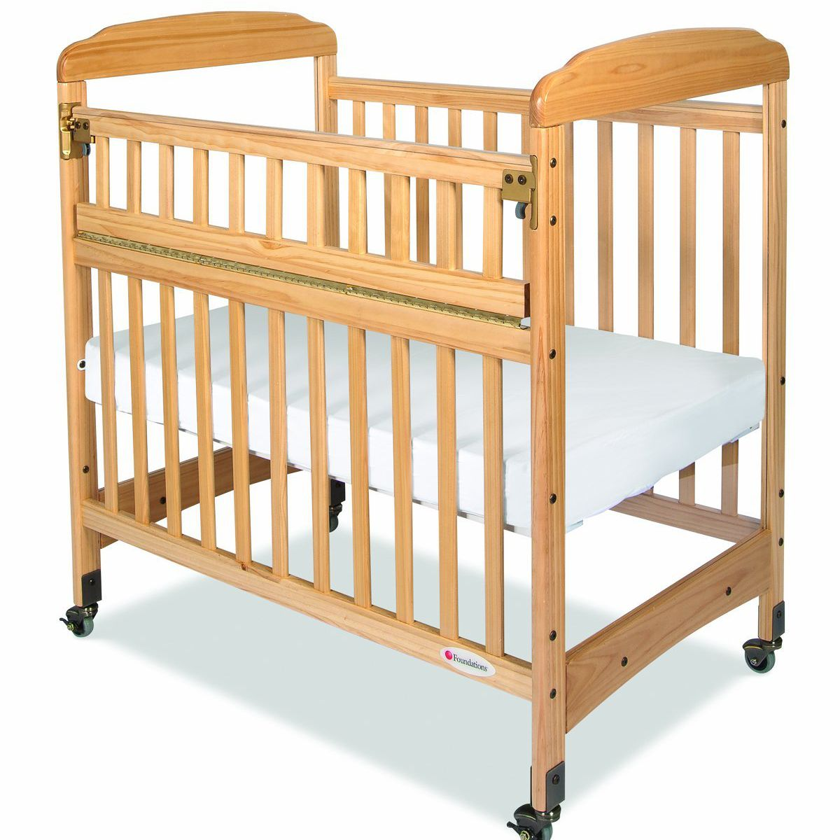 Best Traditional Foundations Serenity Safereach Compact Crib