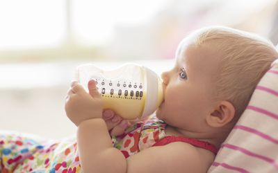 How Long Can Breast Milk Sit Out At Room Temperature