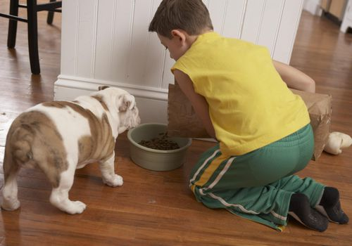 Kids doing chores helps build self esteem