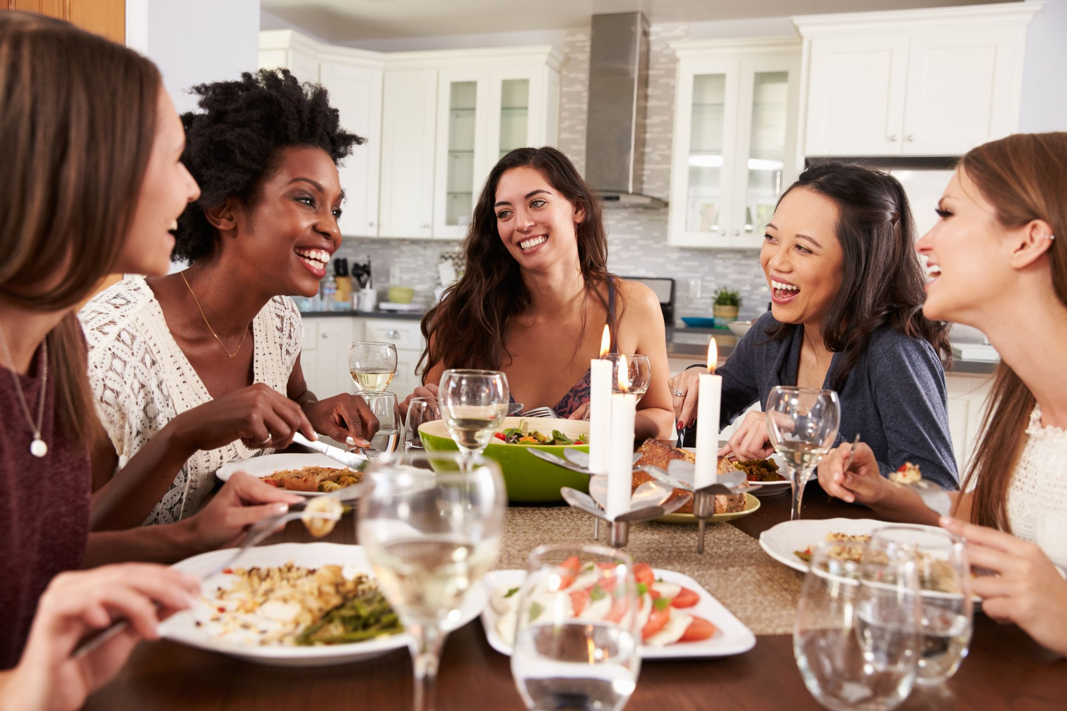 How to host a girls night in